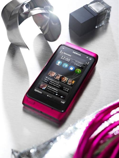 Nokia-N8-Pink-1