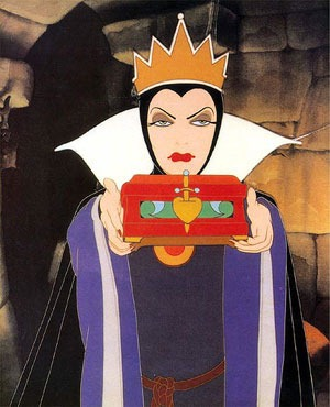 Snow-White-Evil-Queen